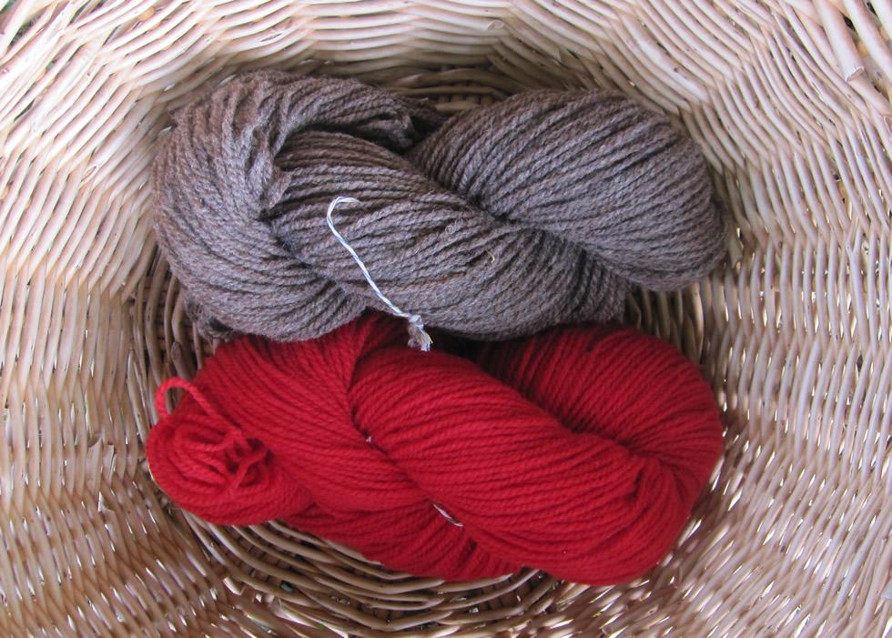 Wendelstein Schafwolle 2fädig beige und rot